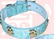 Small metal fastener footprints + crystal dog collars collar