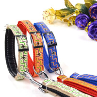 Waves Pattern Dog Collars and Dog Leashes Set Soft Foam Lining